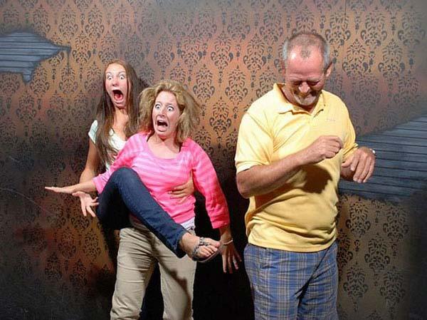 people-terrified-15