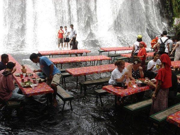 waterfall-restaurant-2