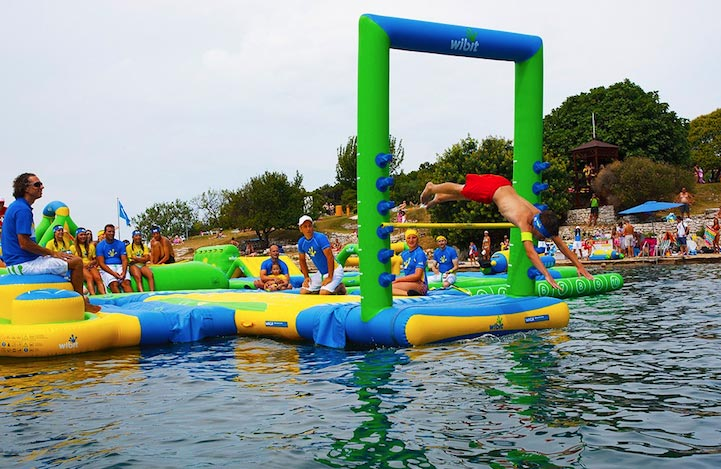 floating-water-park-4