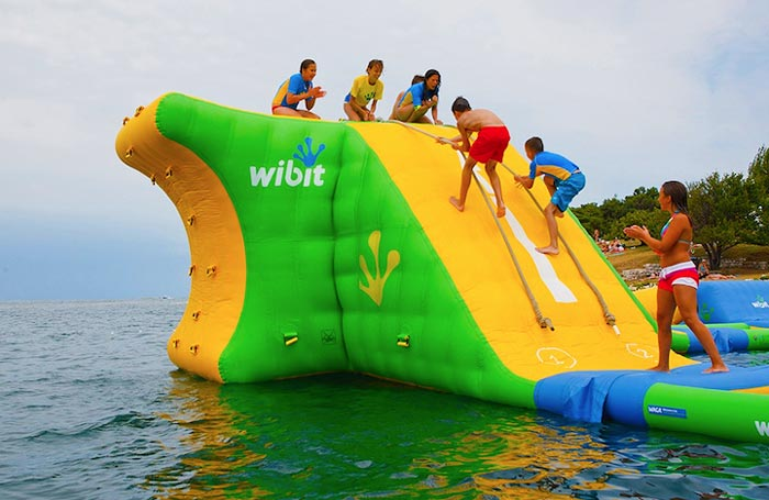 floating-water-park-5