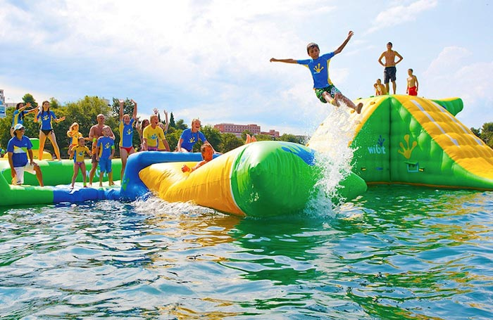 floating-water-park-7